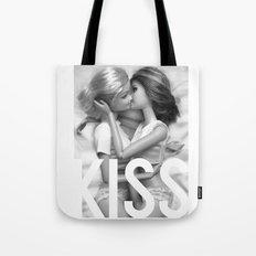 Barbie Lesbian KISS  Tote Bag