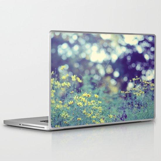 Dreamy days Laptop & iPad Skin