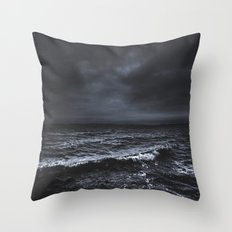 I´m fading Throw Pillow