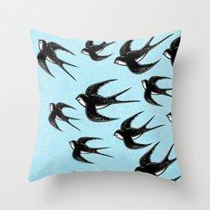 Andorinhas Throw Pillow