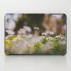 White Daisy iPad Case