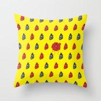 Bloody Heart Pattern Throw Pillow