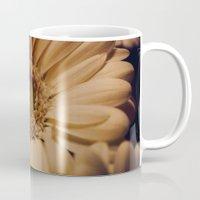 Antique Daisy Mug
