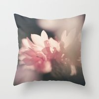 Konblume Throw Pillow