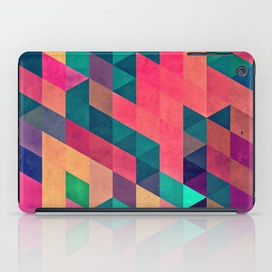Styrrvynng iPad Case