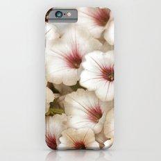 Full Bed of White Hibiscus Slim Case iPhone 6s