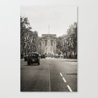 Canvas Print featuring The Mall - London by Julio O. Herrmann