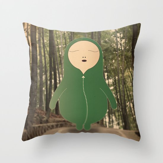 v e r d e n e l v e r d e Throw Pillow