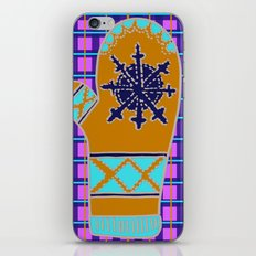 Cozy Up, Winter Cover iPhone & iPod Skin