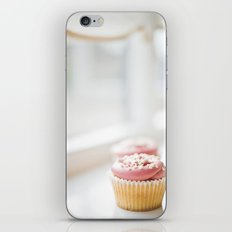 cupcake... iPhone & iPod Skin
