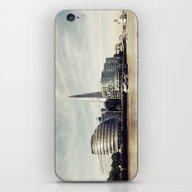 London City View iPhone & iPod Skin