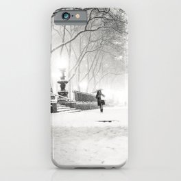 iPhone & iPod Case - Snow - New York City - Bryant Park - Vivienne Gucwa