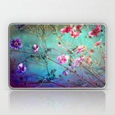 FLEURS DU PRÉ III - Wil… Laptop & iPad Skin