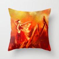 Ateş rengi Throw Pillow