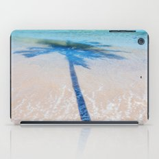 TREE IN SEA iPad Case
