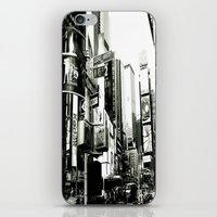 WHITEOUT : Life In The C… iPhone & iPod Skin