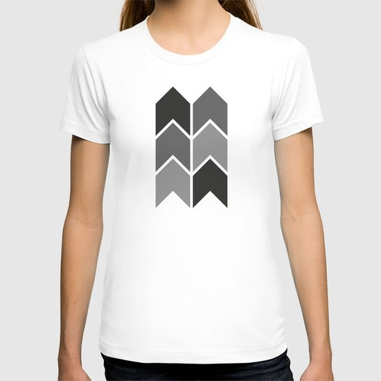 Black & White Arrow Pattern T-shirt