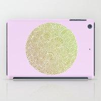 Detailed circle, gold rose iPad Case