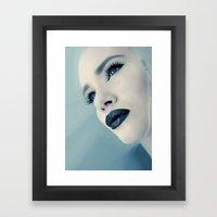 CLOSING IN Framed Art Print