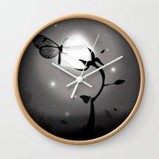 Recharging Wall Clock