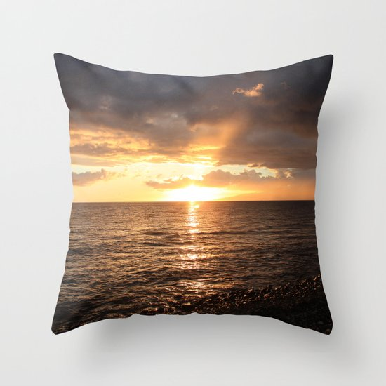 Good night sun! Throw Pillow