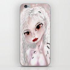 Crawling iPhone & iPod Skin