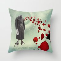 Oiseau de Mauvaise Augure Throw Pillow