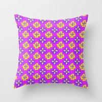 Pop pansy pattern! Throw Pillow