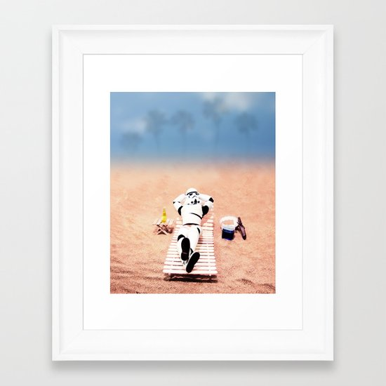 To hell with those droids (i'll keep searching later) Framed Art Print