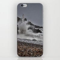 Mumbles Wild Waves. iPhone & iPod Skin