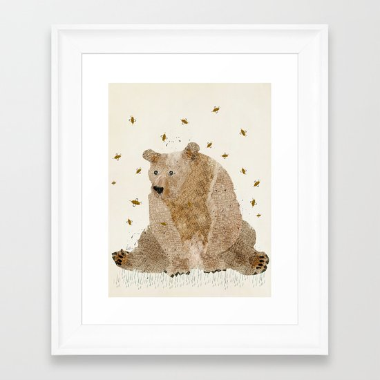bear grizzly  Framed Art Print