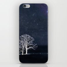 The Fabric of Space and the Boundary of Knowledge iPhone & iPod Skin