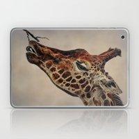 Giraffa Camelopardalis Laptop & iPad Skin