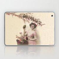 Mademoiselle skull Laptop & iPad Skin