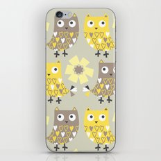 Hooty Tooty iPhone & iPod Skin