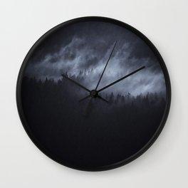 Wall Clock - Light Shining Darkly - Tordis Kayma