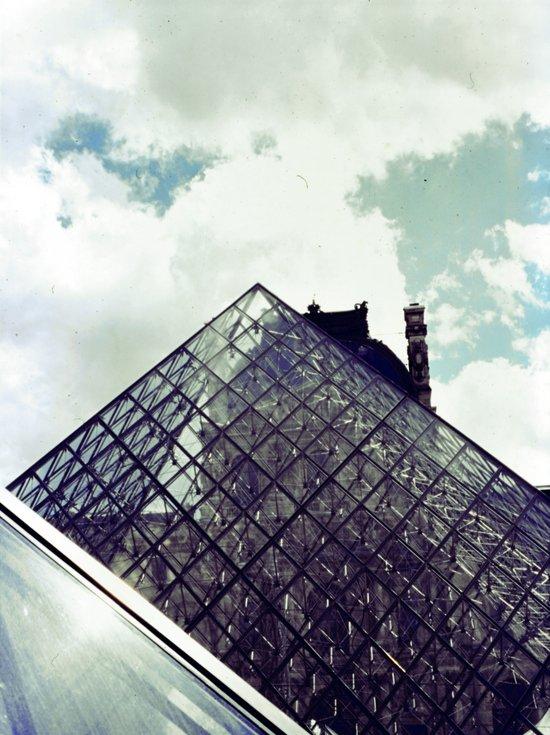 Louvre Pyramid I Canvas Print