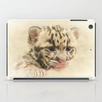 CUTE CLOUDED LEOPARD CUB iPad Case