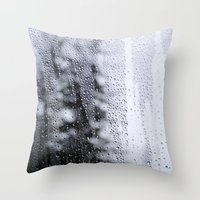 melody of rain Throw Pillow