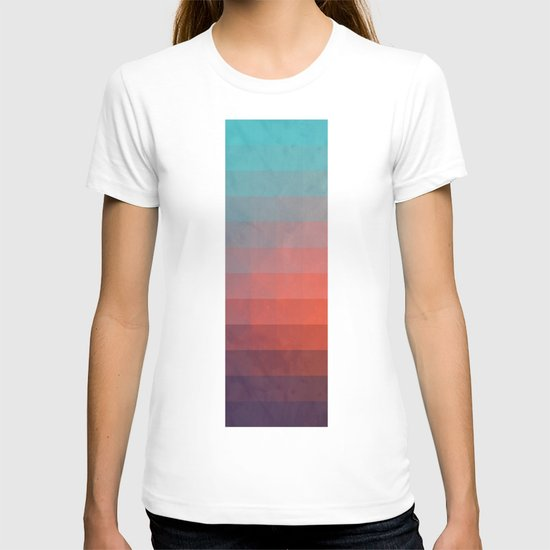 Blww wytxynng T-shirt