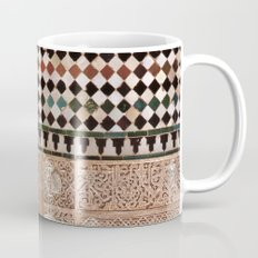 Details in The Alhambra Palace. Gold courtyard Mug