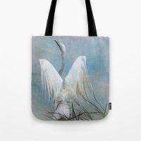 Egret Preparing To Launc… Tote Bag