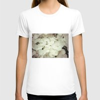 Hydrangea Womens Fitted Tee White SMALL
