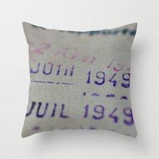 Due date Throw Pillow