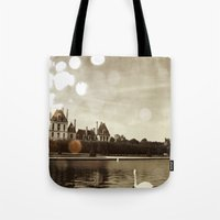 Extensive grounds Tote Bag