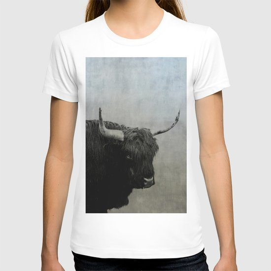 The Lumbering Beast  T-shirt