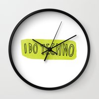 i do techno Wall Clock