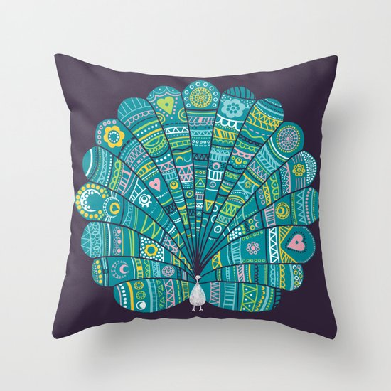Peacock at noon Throw Pillow