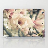 Magnolia Tree Bloom.  Fl… iPad Case