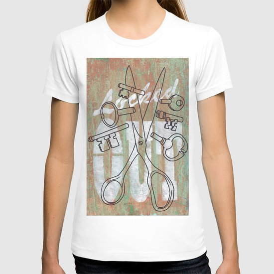 Locked Out? get some more keys cut yeah! T-shirt